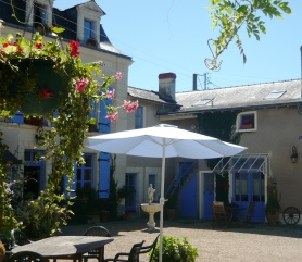 The courtyard at our gites