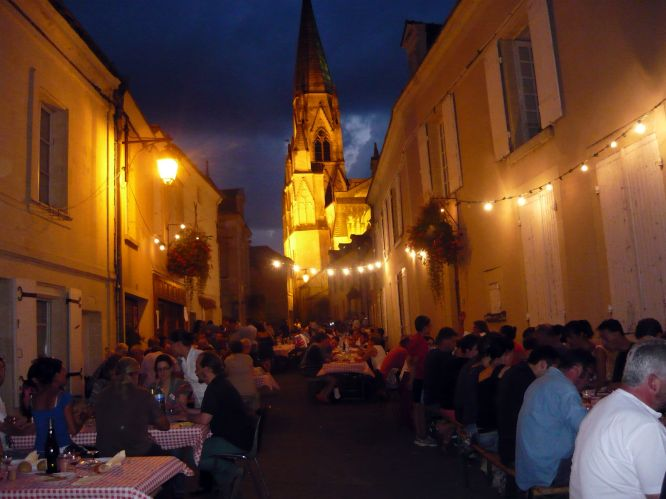 Before the Grand Prix, Le Puy Notre Dame